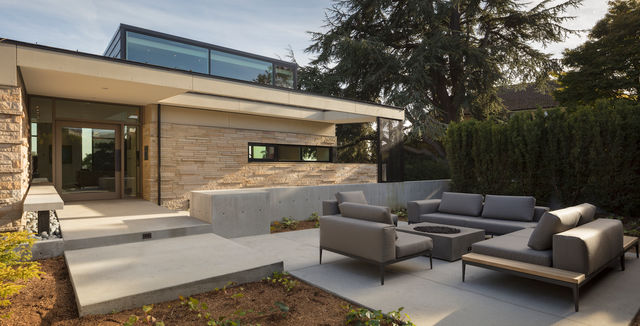 Patio view of Seattle home project with MINIMAL Glass + Door products.